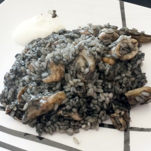 Emplatado del arroz negro