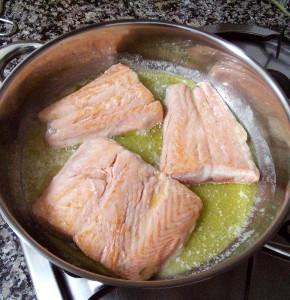 Dorando la piel del salmón