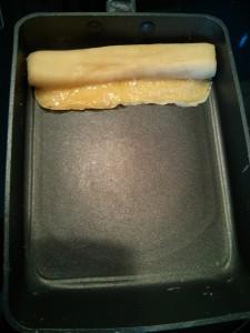 Una vez girado, le añadimos más huevo a la sartén
