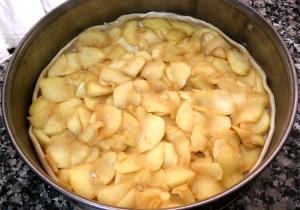 Ponemos las manzanas en el molde