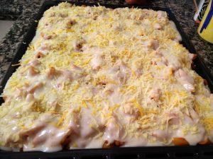 Y rociamos con queso rallado al gusto